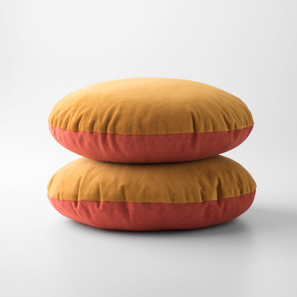 sku_image,orange-velvet-wool-circle-pillow,false,false