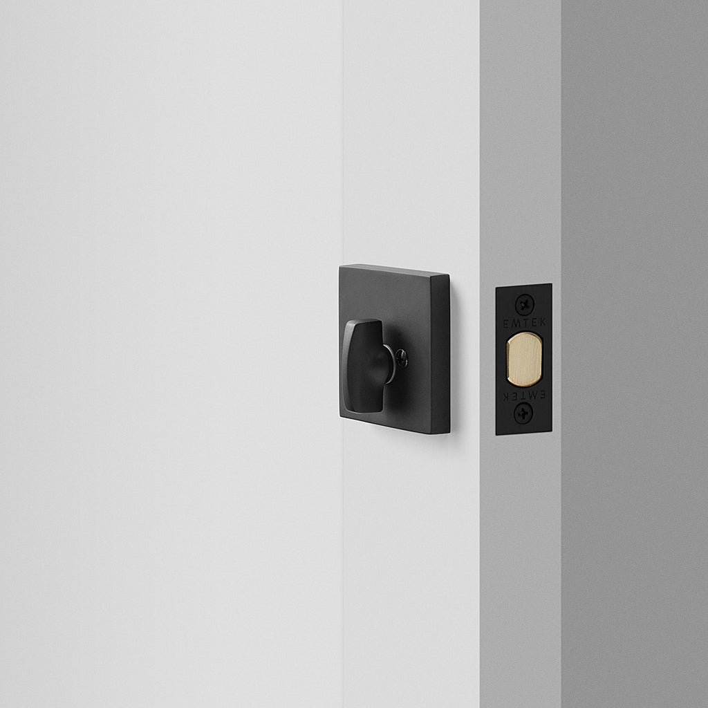 sku_image,berlin-deadbolt-flat-black,false,false