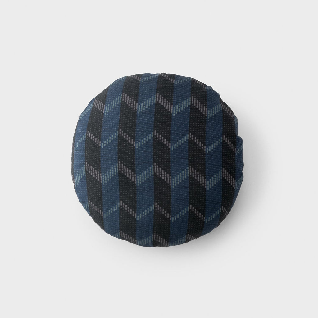 sku_image,dusk-circle-pillow,false,false