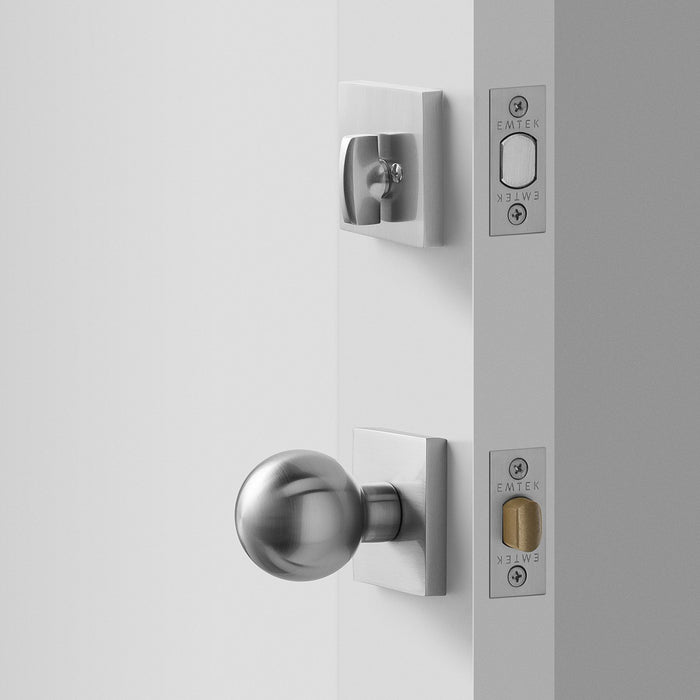 sku_image,berlin-door-set-with-globe-knob-deadbolt-satin-nickel,false,false