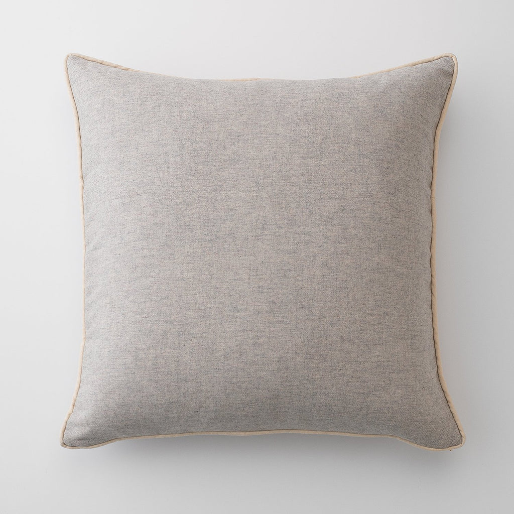 sku_image,gray-classic-piped-euro-pillow,false,false