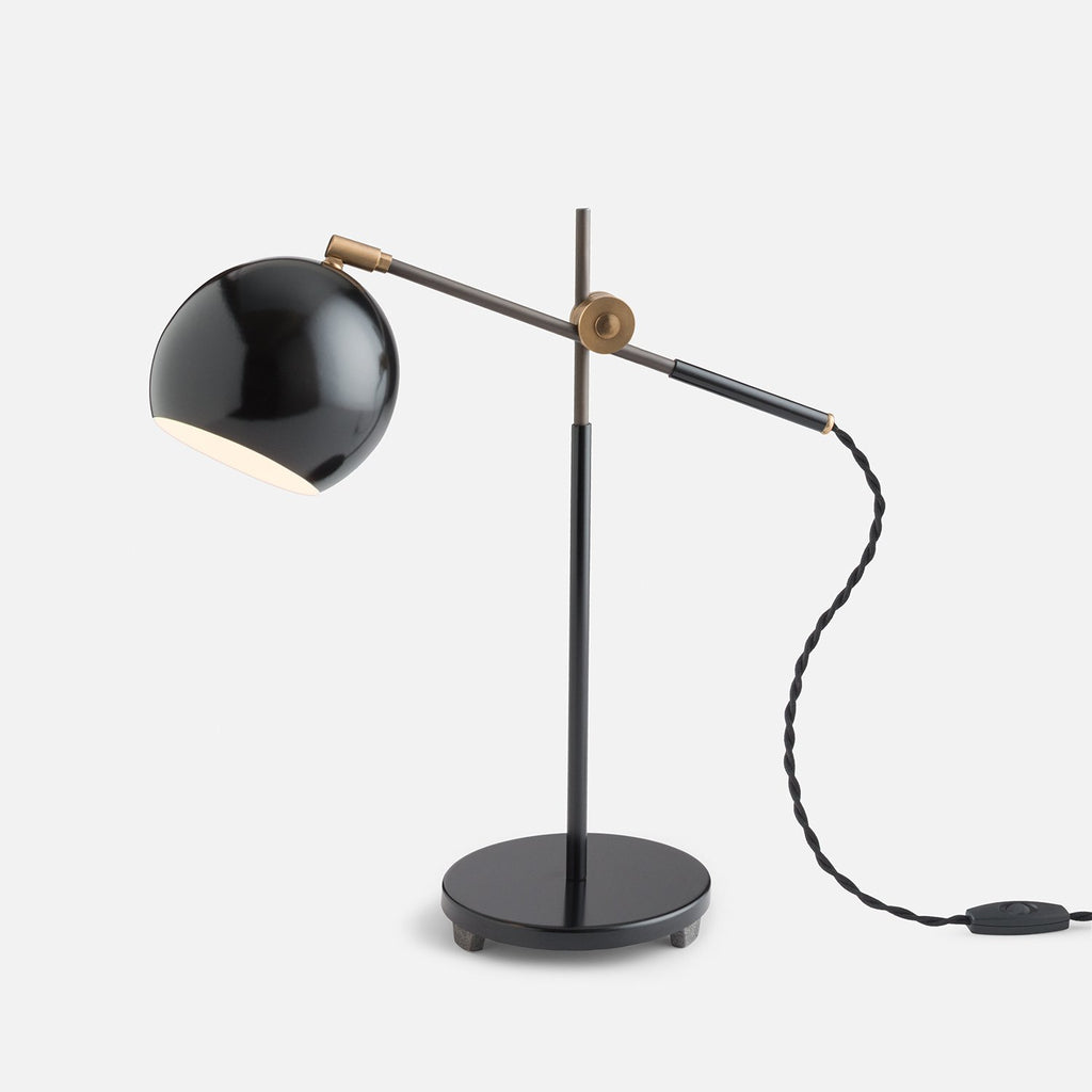 sku_image,studio-desk-lamp-factory-black,false,false