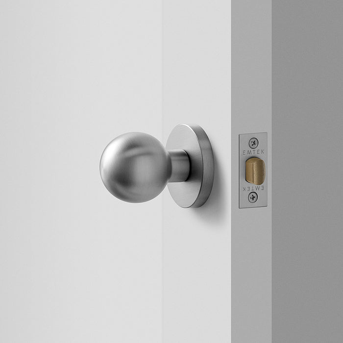 sku_image,york-door-set-with-globe-knob-satin-nickel-611940,false,false