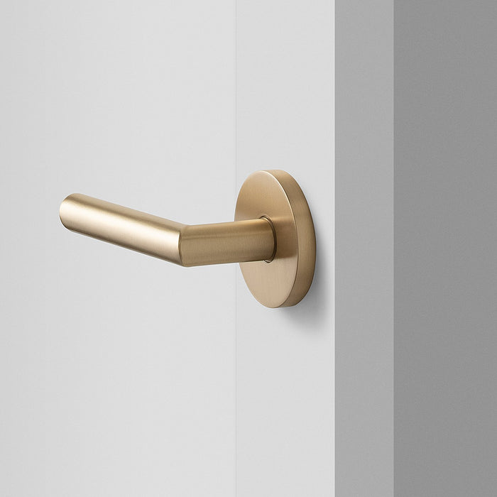 sku_image,york-door-set-with-otto-lever-satin-brass,false,false
