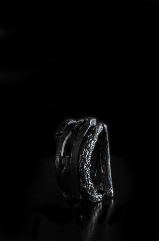 Shadow illusion silver ring