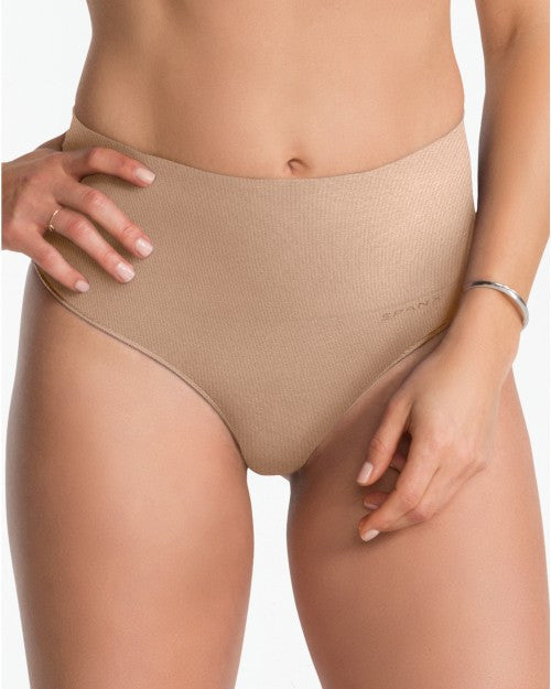 spanx everyday shaping thong nude front