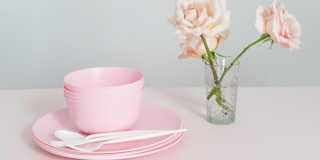 pink-disposable-plates-bowls