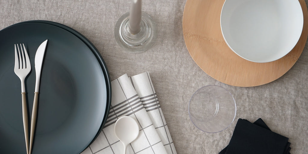 neutral-ceramic-like-disposable-plates-cutlery
