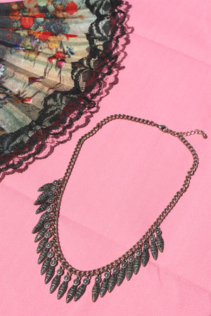 Featherly Necklace