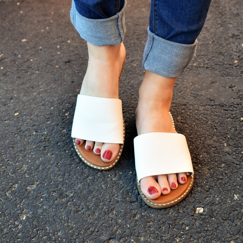 Chantilly White Sandals