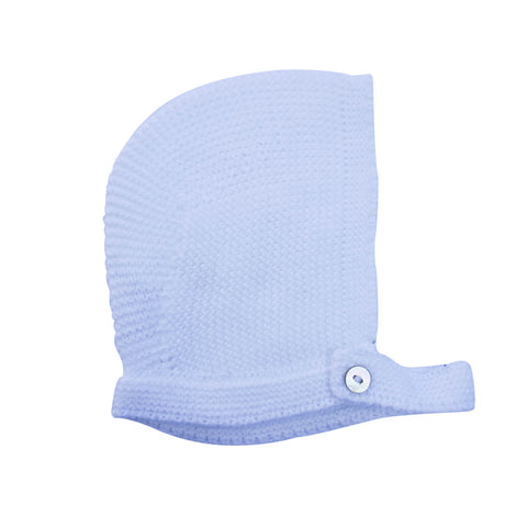 Soft and a must have accessory for any newborn, an ideal gift. Baby bonnet made with 100% knitted cotton to provide cosiness and comfort to the baby. Available in white, soft pink and baby blue.  MACHINE WASHING MAX 30°C / 85ºF SHORT SPIN DRY DO NOT BLEACH IRONING MAX 110°C / 230ºF DO NOT DRY CLEAN DO NOT TUMBLE DRY front