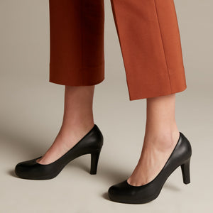 Clarks: Adriel Viola - Black - The Vogue Boutique