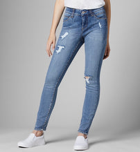 Load image into Gallery viewer, Jag Cecilia Skinny Mid Vintage - The Vogue Boutique