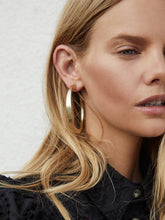 Load image into Gallery viewer, Kendra Scott: Avi Earrings - The Vogue Boutique