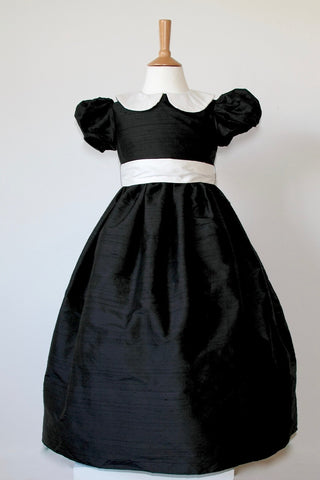 Waisted dress with Super Puff sleeve ex display Age 6-7