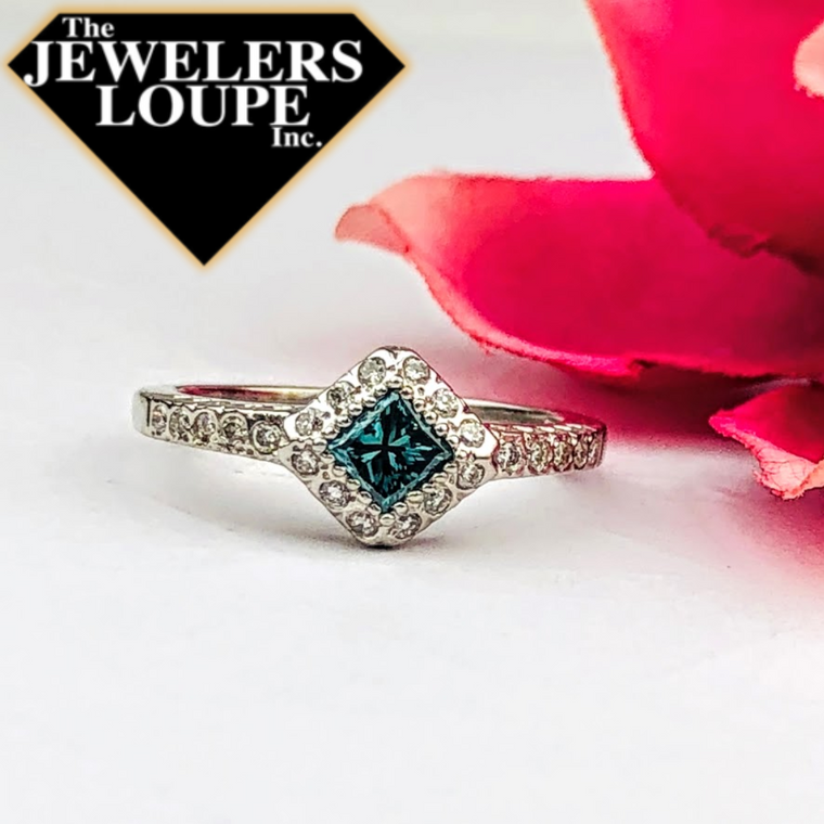14K White Gold .72ctw Color Enhanced Blue and White Diamond Ring (84209)