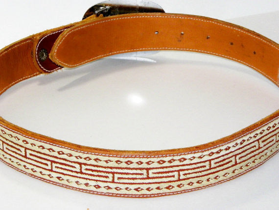 Silver Buckle Leather Belt Mother Of Pearl 40 Inch Accessories - The Wicker Form - 3