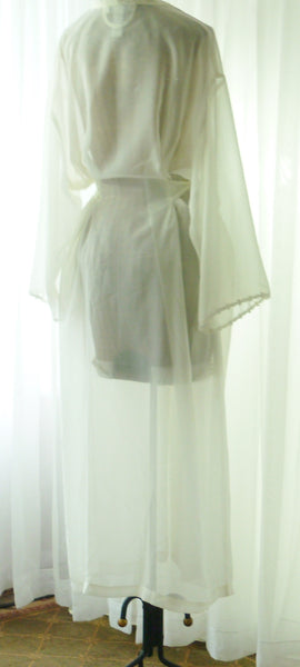 Mystique Intimates Ivory Peignoir Robe New Old Vintage Stock XL - The Wicker Form - 3