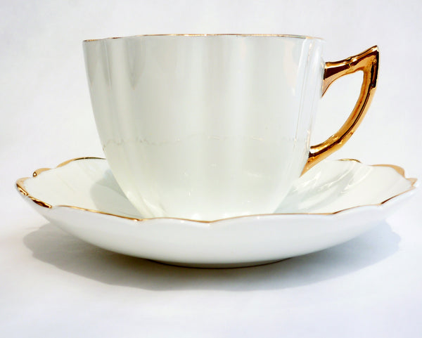 Victoria CE Bone China Set White Cup Saucer Heavy Gold China & Porcelain - The Wicker Form - 4
