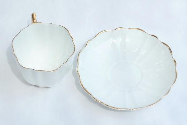 Victoria CE Bone China Set White Cup Saucer Heavy Gold China & Porcelain - The Wicker Form - 3