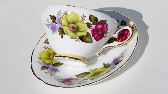 Royal Sutherland English China Teacup and Saucer China & Porcelain - The Wicker Form - 4