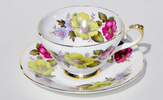 Royal Sutherland English China Teacup and Saucer China & Porcelain - The Wicker Form - 1
