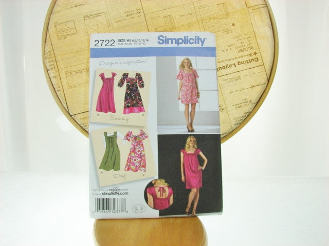 Simplicity Pattern 2722 Womens Loose Fit Dress Jumper Sewing Supplies - The Wicker Form - 1