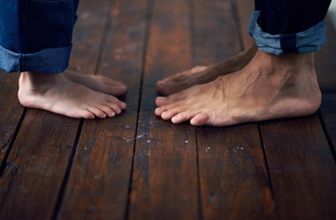 Aging Feet: Natural Changes and Care 01