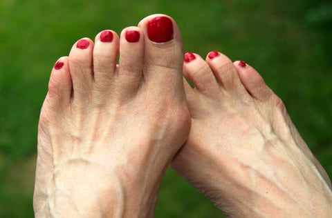 Aging Feet: Natural Changes and Care 03