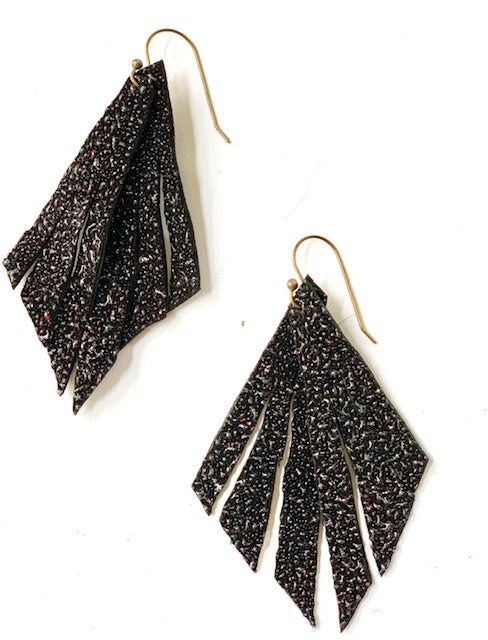 Pebbled Black Feather Earring