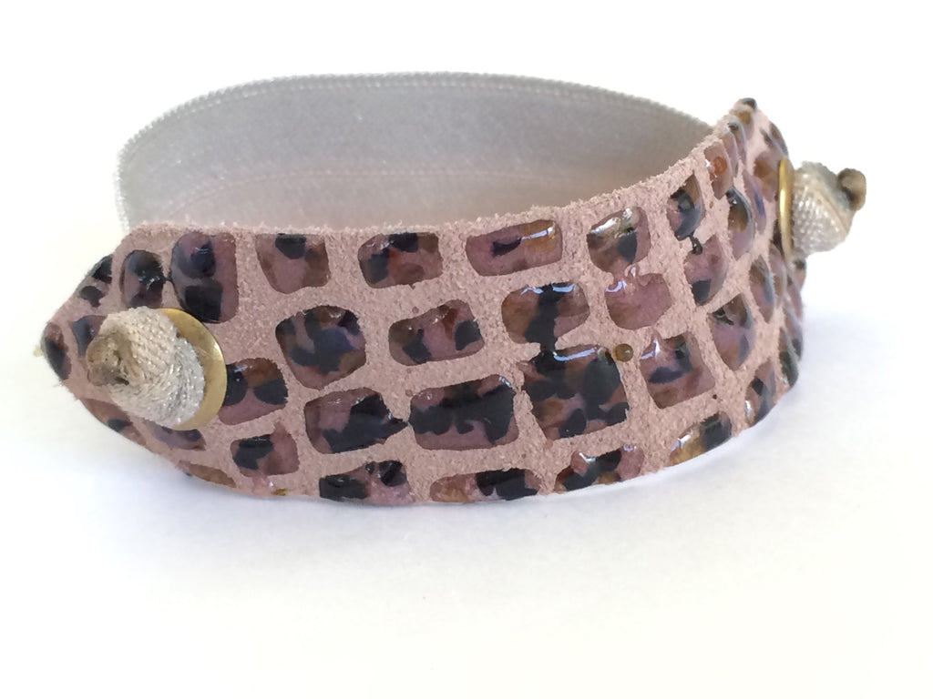 Pony Cuff - Pebbled