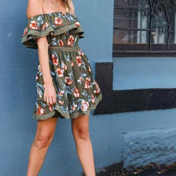 PASADENA Off-Shoulder Ruffle Floral Dress