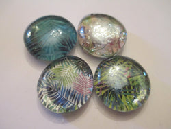 4 Leaf Pattern Themed Handmade Glass Magnets Home Decor