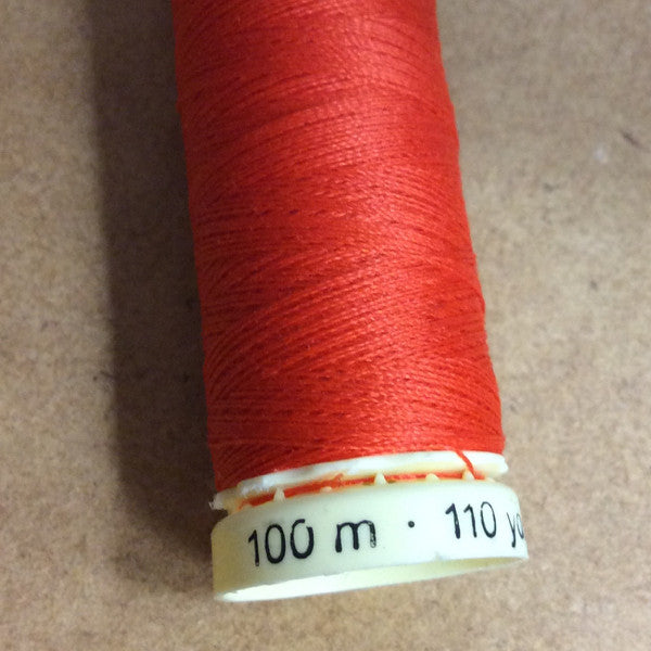 100m Thread Gutermann Sew-all : Match the colour