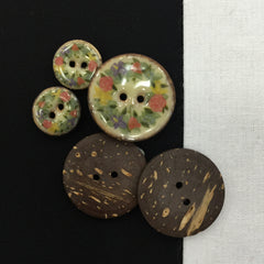 Old World Roses Buttons