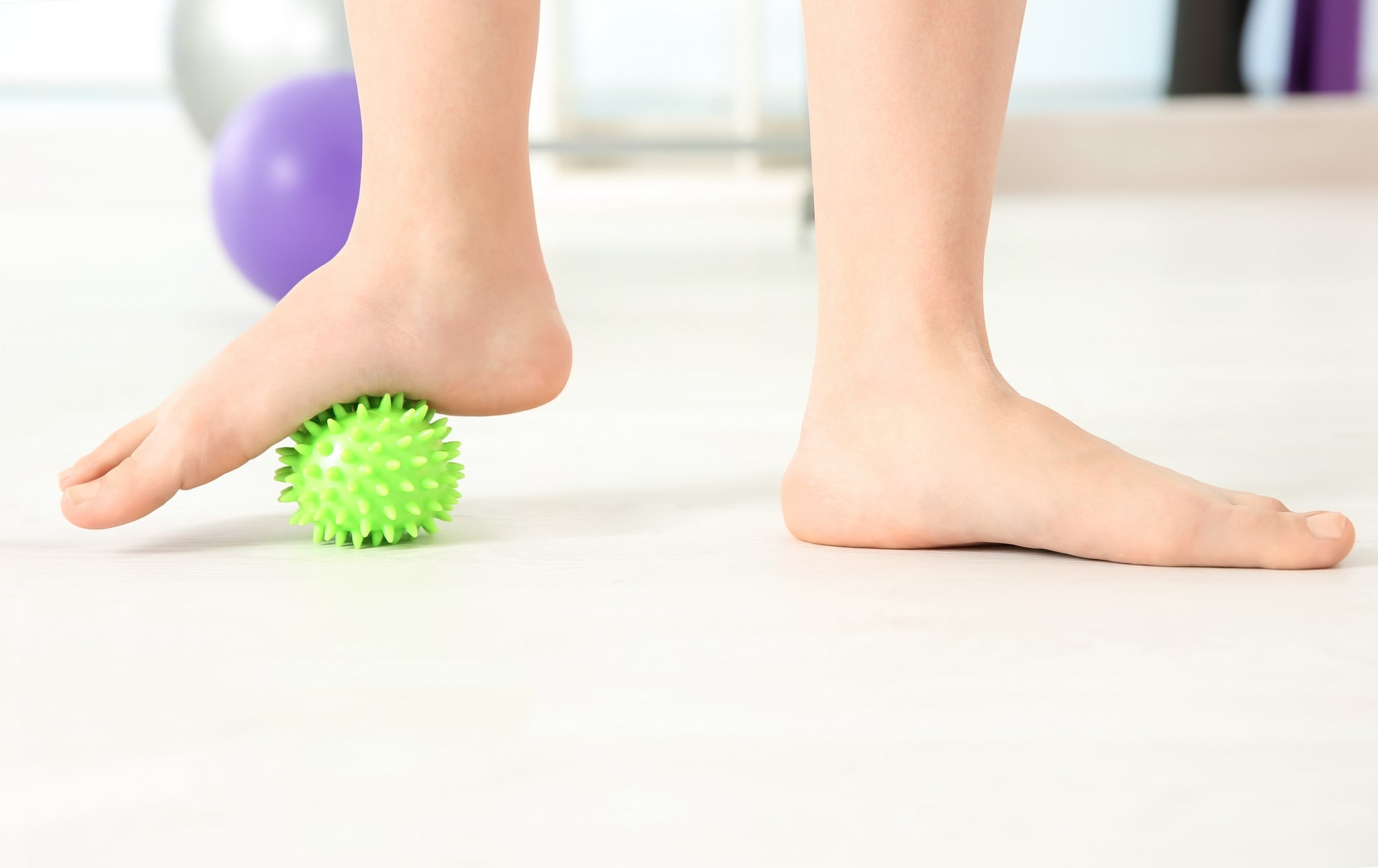 4 flat out myths about flat feet run forever sports