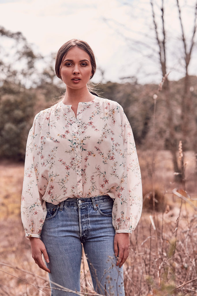 Oversized Country Floral Blouse
