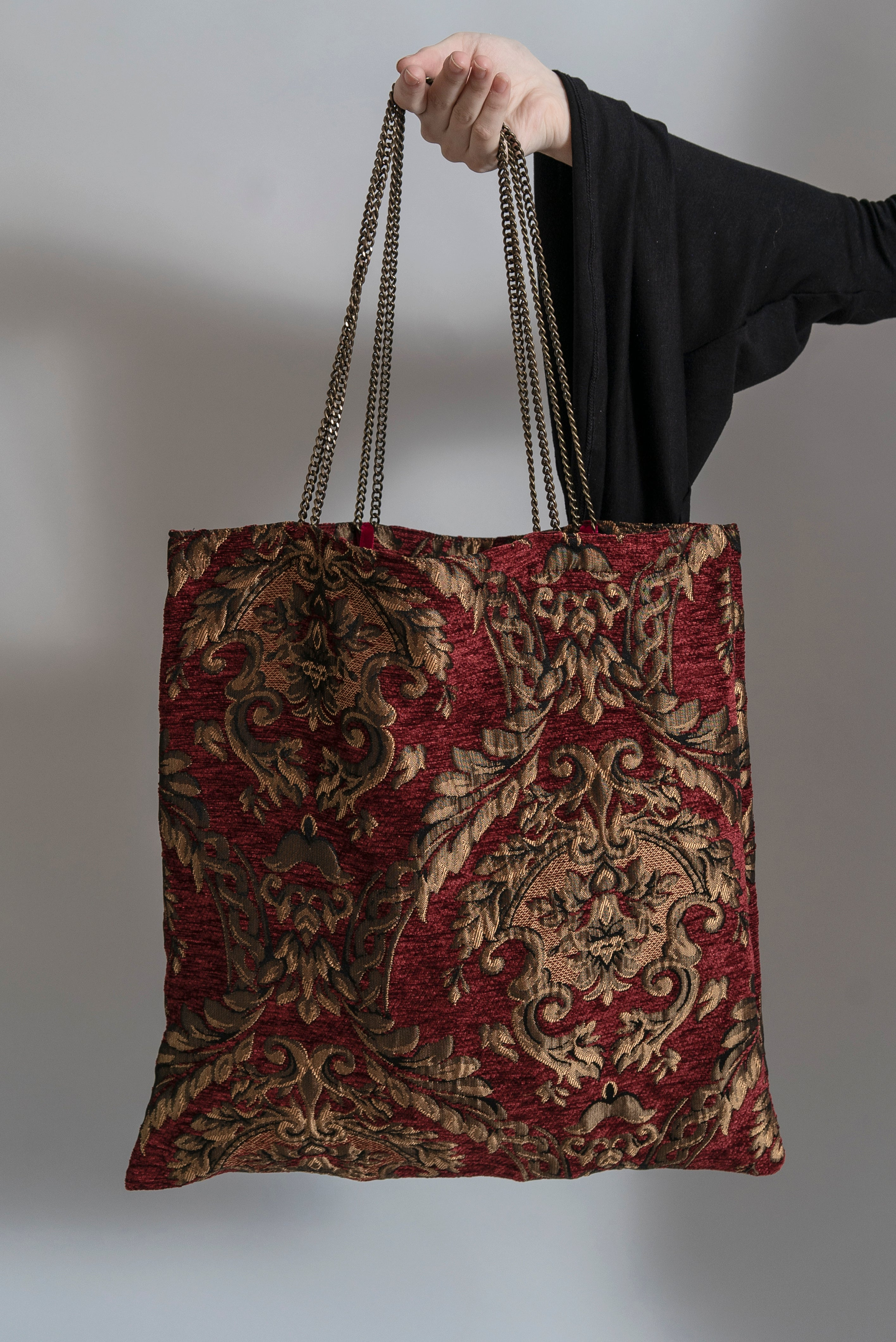 Ruby Witching Hour Hand Bag