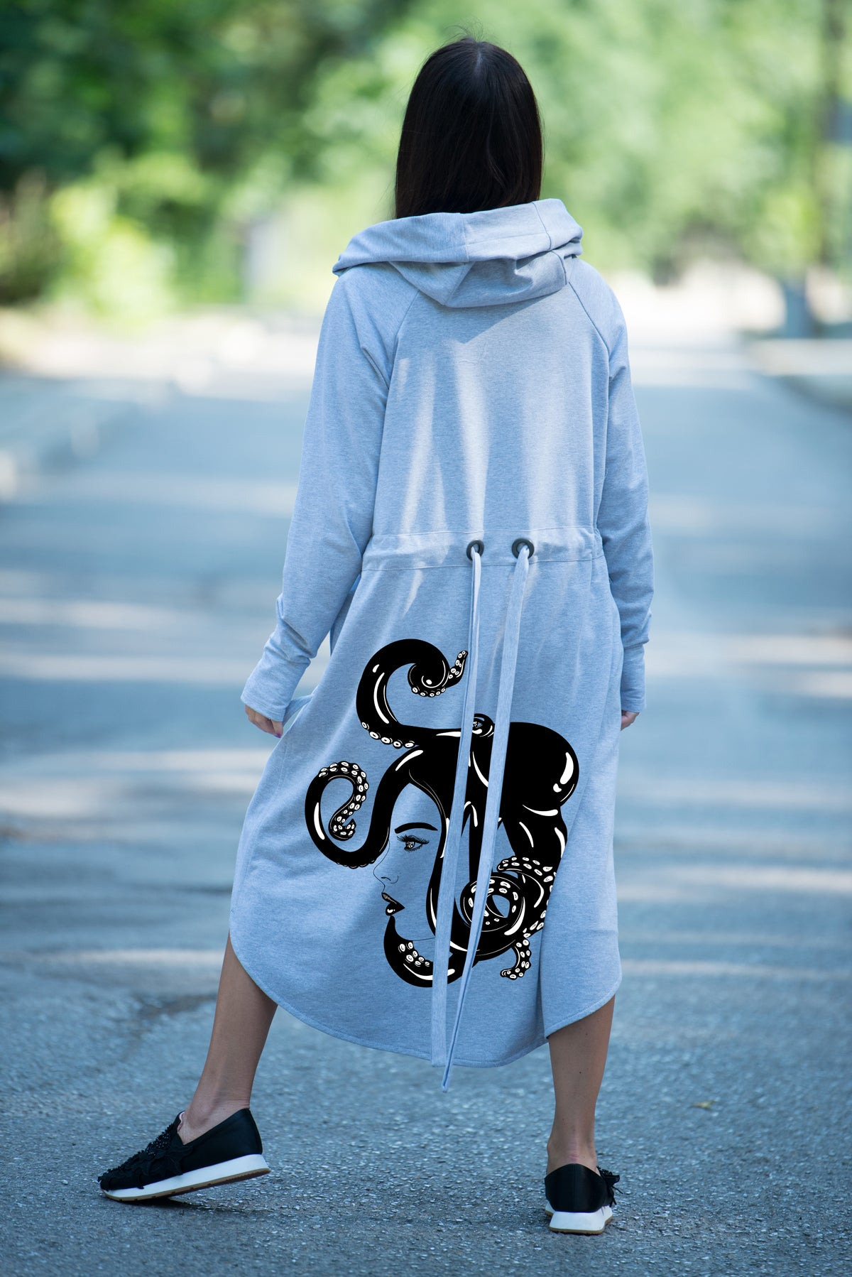Long Grey hooded sweatshirts with Octopus Print
