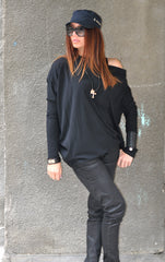 Loose Casual Black Blouse, Plus Size Black Top, Off the Shoulder Black Tunic, Long Sleeves Top
