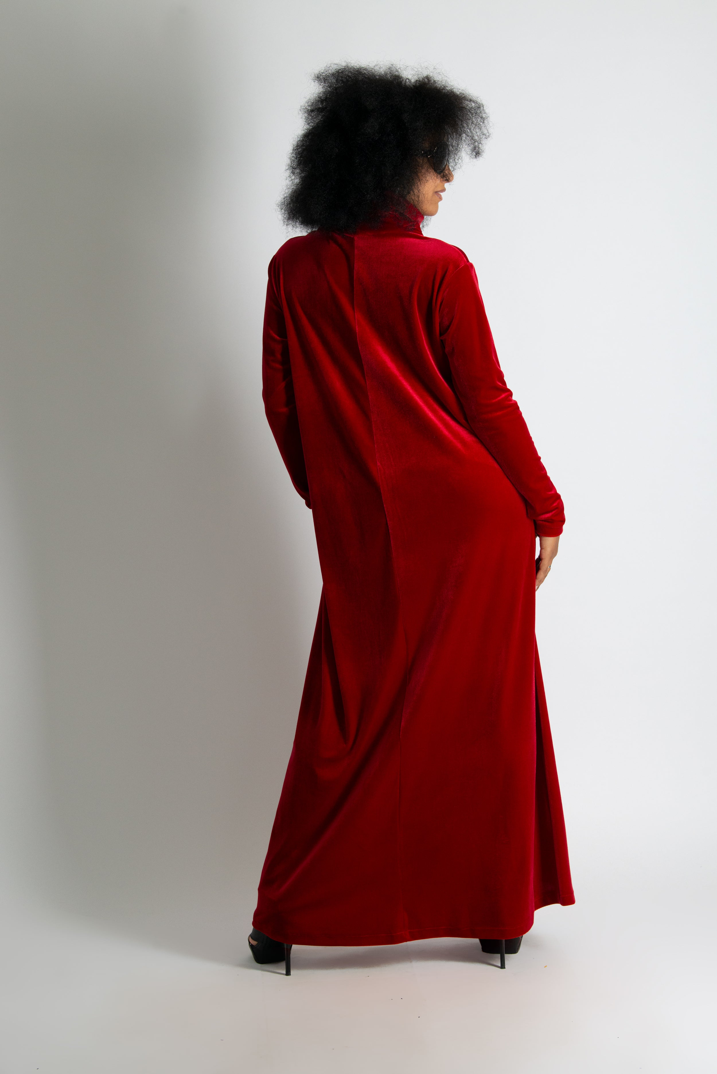 Red Velvet  Elegant Turtleneck Dress