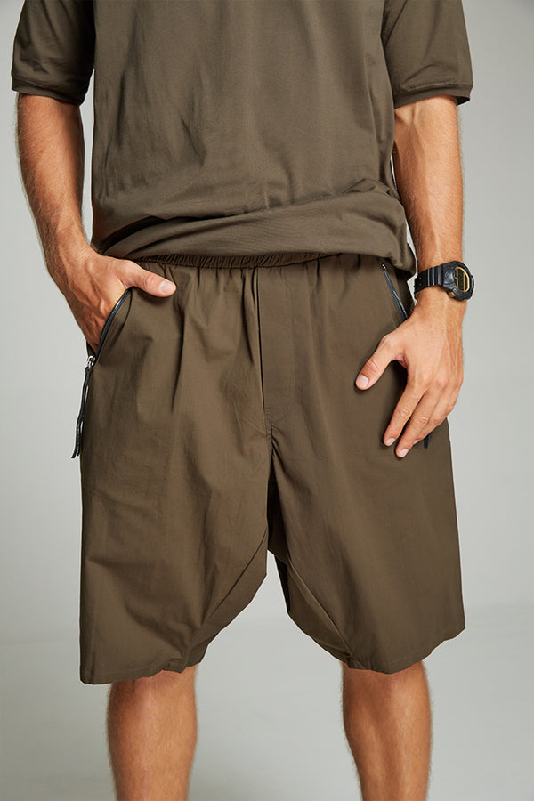 Drop crotch man shorts kaki