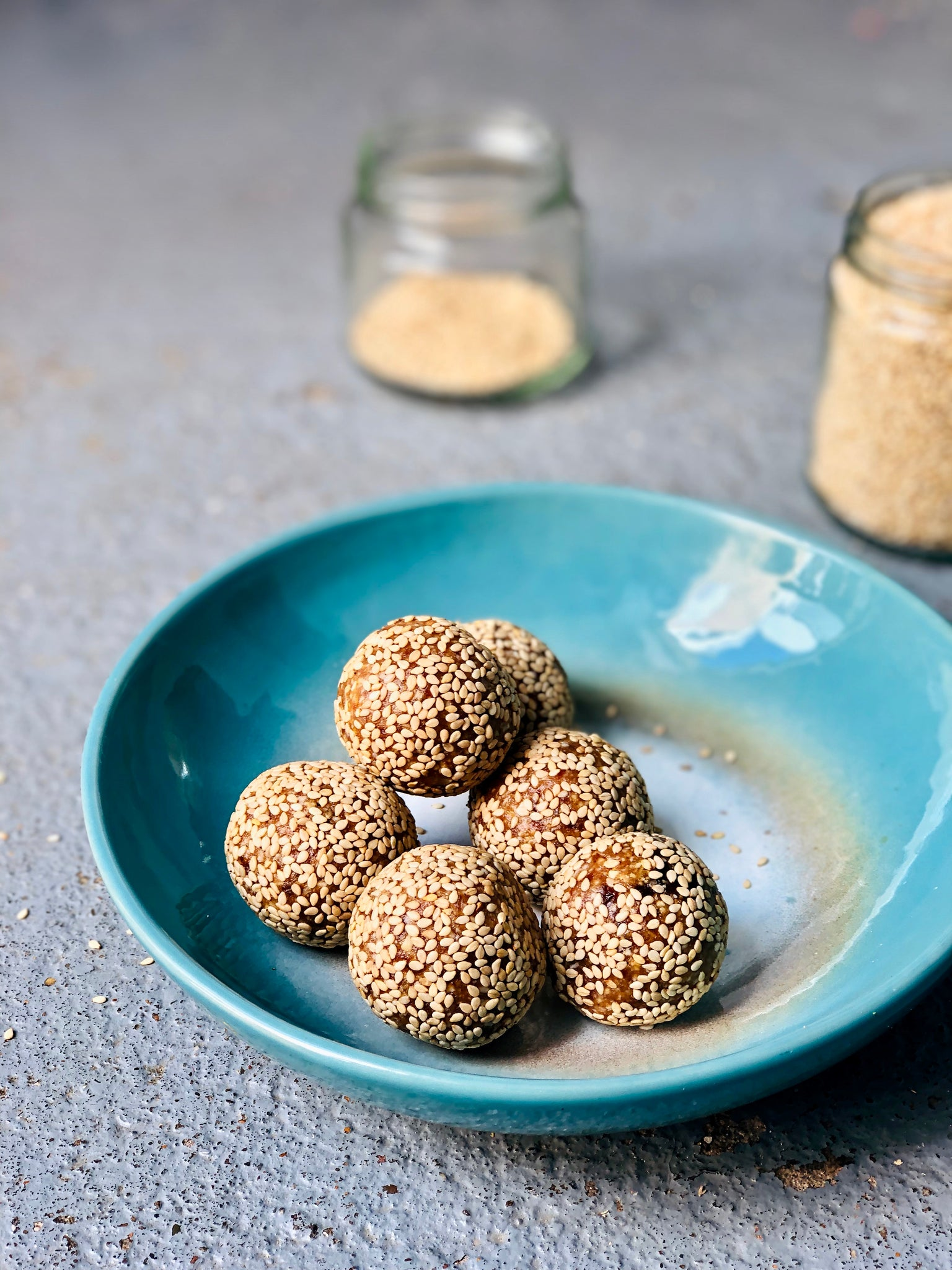 Recipe | Salted Caramel Bliss Balls with a Turmeric Twist (GF and Vegan)