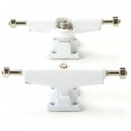 Bollie Trucks - White