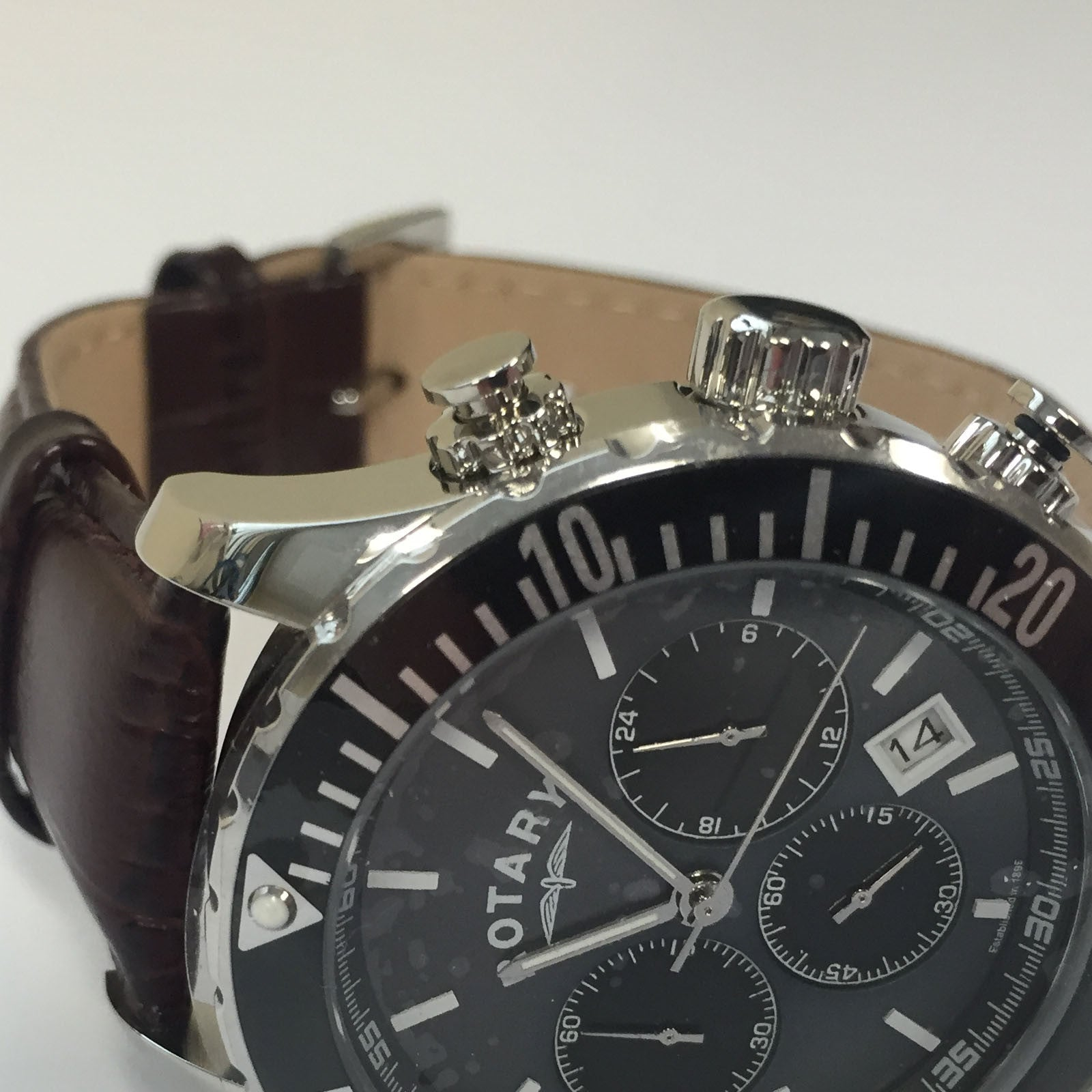 Mens Brown Leather Luxury Chronograph Quartz Black Dial Watch Rotary GS00314/04