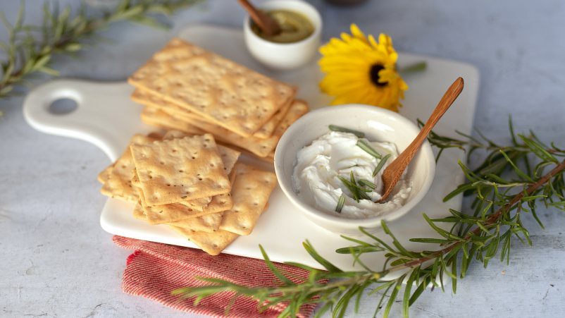 Schar Gluten Free Crackers with Rosemary - 210gr (6x35gr)