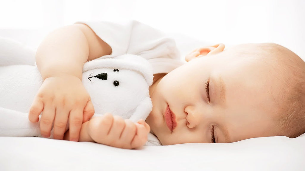 Natural Ways To Help Your Little Darlings Fall Asleep…