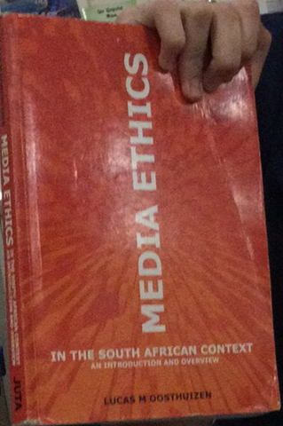 Media Ethics in the South African Context - An Introduction & Overview (Paperback) Lucas M. Oosthuizen