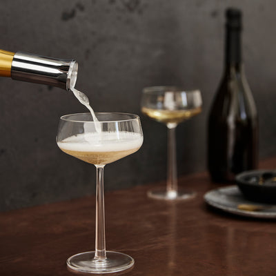 Champagne Pourer