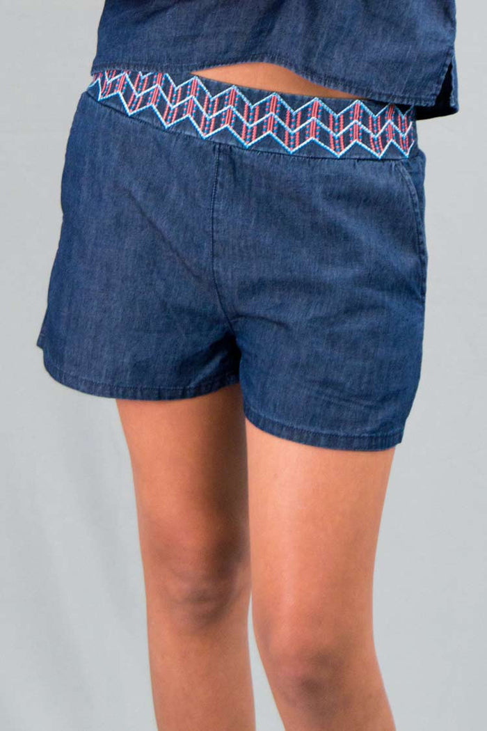 Girls Light Denim Shorts w/ Embroidery | H-2604 G - Hectik  - 2
